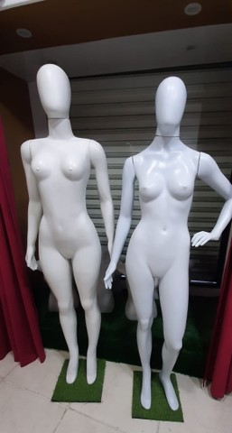 Vendo utensílios de loja de roupa - Foto 2