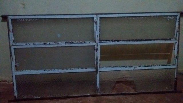 Confira :Janela padrão de ferro e vidro(vitrô) - Foto 2