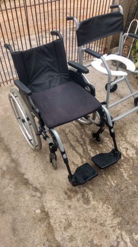 Cadeira De Rodas Ottobock + Cadeira De Banho - Foto 3