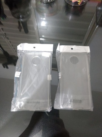 Duas capinhas Moto Z3 - Foto 2