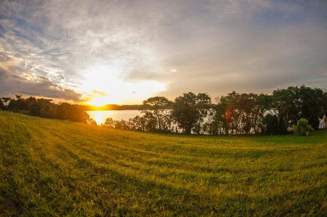 Casa no Lago! Terreno na Barragem de Ernestina é no Sunset Village - Foto 8