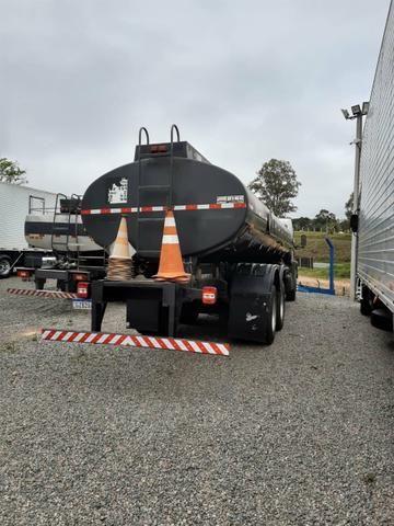 Ford Cargo 1722 Truck com Tanque de Combustível - Foto 6