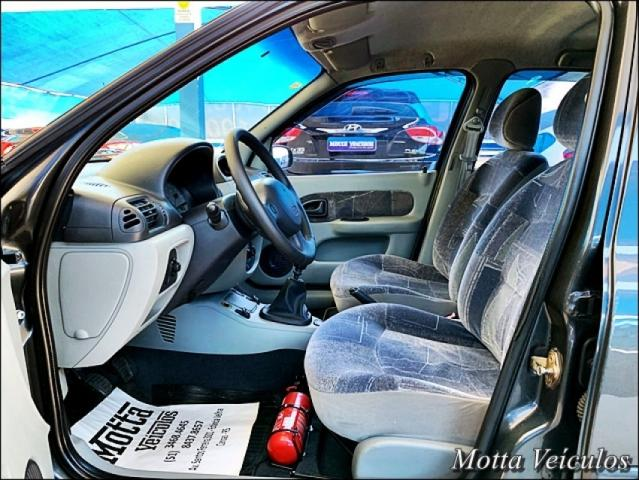 Renault Clio Sedan CLIO 1.6 PRIVILEGE SEDAN 16V 4P - Foto 8