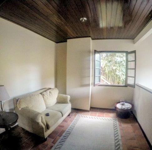 Casa em Condomínio- Itaipava-Com 3 Quartos -Cercada pela Natureza Exuberante - Foto 5