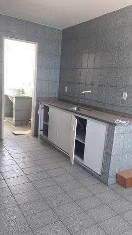 Apartamento de 02 quartos - Foto 3