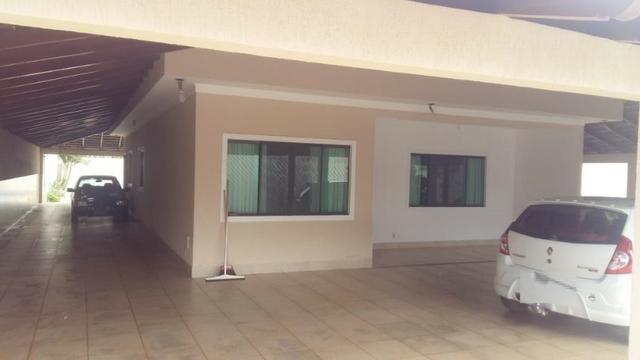 Casa Ampla - Nova - 2 Residências - Rua 4 - Lote 800 m2 - Foto 2