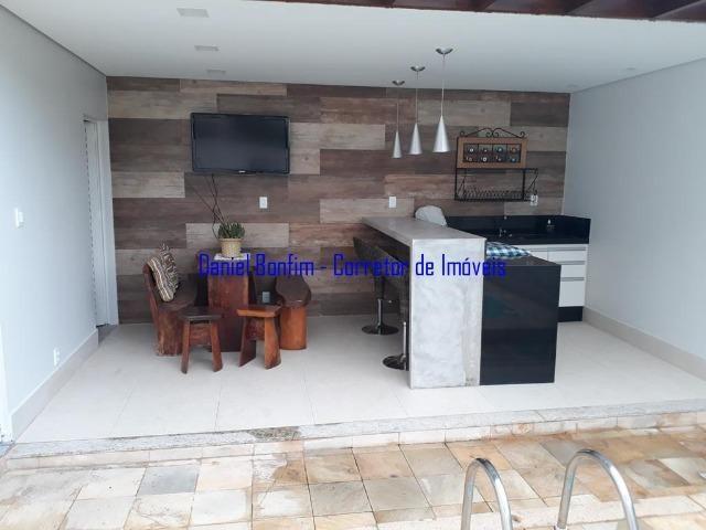 Casa com 04 quartos no bairro Grã-Duquesa - lote inteiro - Foto 4