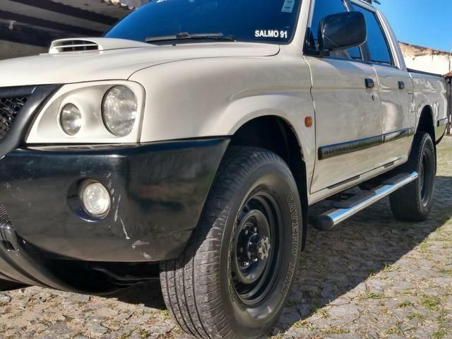 L200 2008 - Foto 17