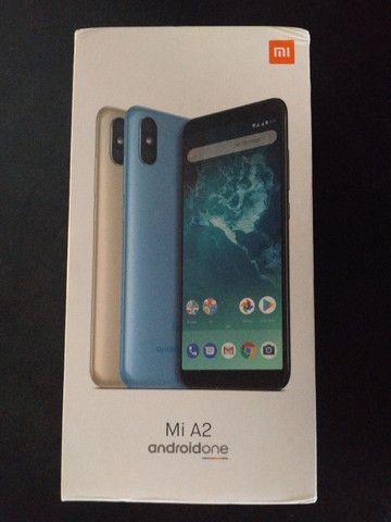 Celular Xiaomi Mi A2 usado - Foto 3