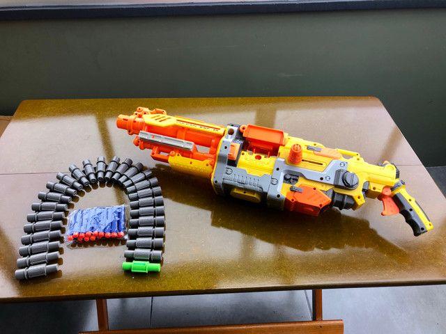 Metralhadora / arma NERF - Foto 4