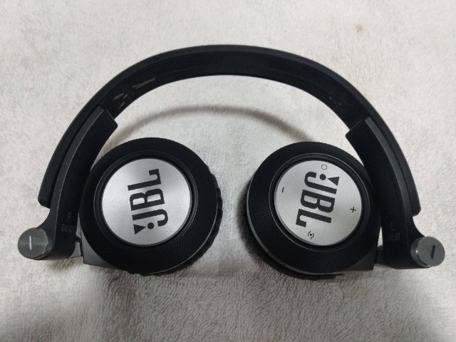 Fone JBL Bluetooth E40bt - Parnaíba