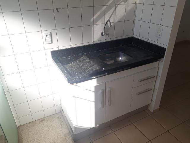 8273 | Apartamento para alugar com 2 quartos em JD. Sao Silvestre, Maringá - Foto 9