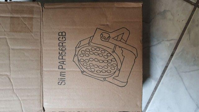 Slim Par56RGB na caixinha,,semi novo - Foto 4