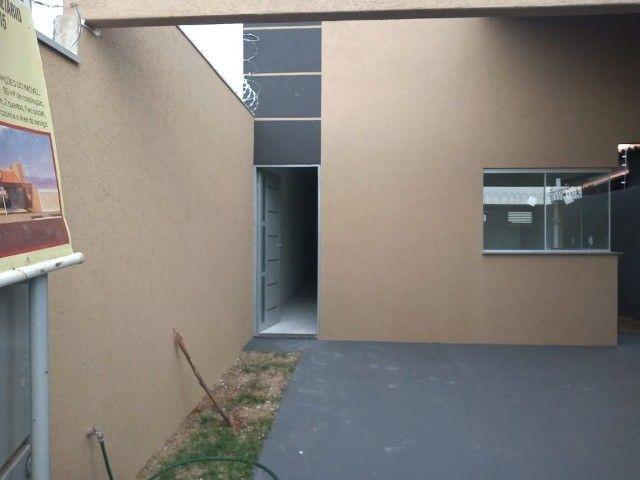 Casa na Bela Laguna - 03 quartos e Com Excelente Localização - Foto 2