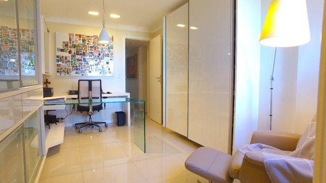 Apartamento beira mar com 195 metros quadrados com 4 suítes em Pajuçara - Maceió - AL - Foto 7
