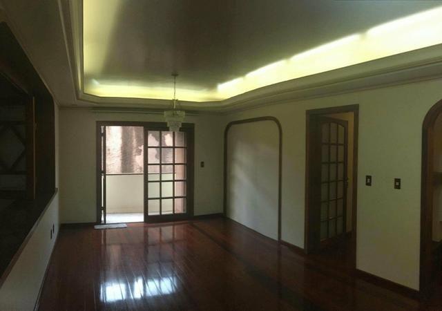 Apartamento próx. Clube Brilhante