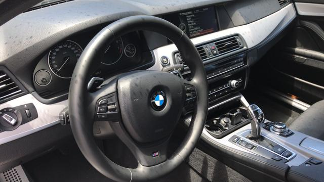 BMW 528i 52 mil km único Dono kit M - Foto 7