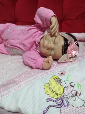 Boneca colecionável baby reborn - Foto 3