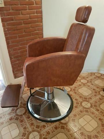 Cadeira para barbeiro Kixiki modelo Montana - Foto 4