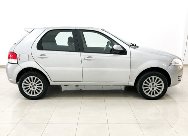 Fiat Palio 1.4 MPi Attractve Flex