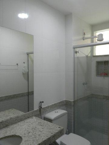 Apartamento de 4 dormitórios( 1 suíte com terraço ), mobiliado, com 2 vagas de garagem - Foto 8