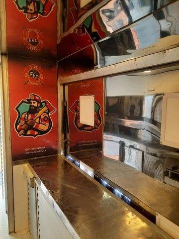 Vendo lindo Food Truck Temático - Foto 4