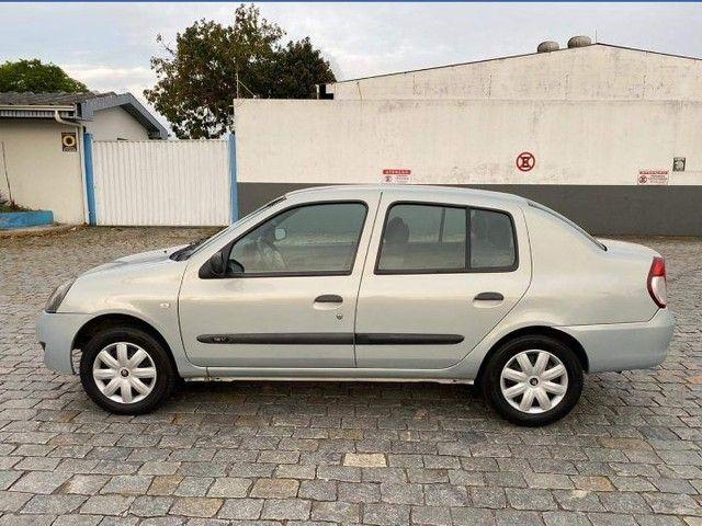 Clio Sedan Authentique 1.0 16 válvulas - Foto 6