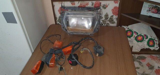 Farol mais chaves de luz e piscas gsx 750 f