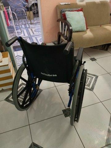 Cadeira de roda - Foto 2