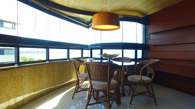 Apartamento beira mar com 195 metros quadrados com 4 suítes em Pajuçara - Maceió - AL - Foto 2