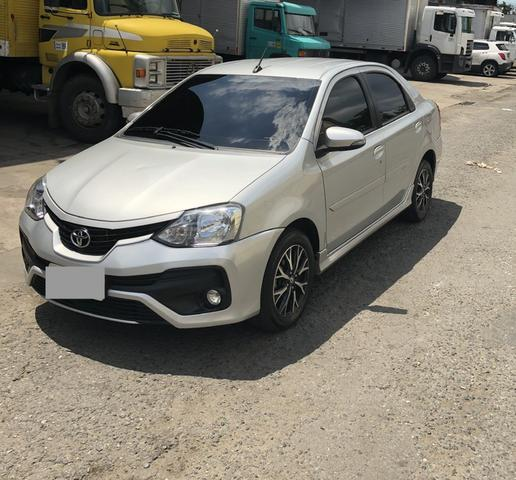toyota etios platinum - top do modelo 2017 - 2017