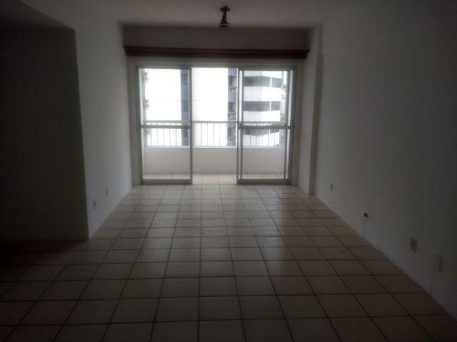 Apartamento 3 Qtos. 1 Suíte com DCE Excelente Localização em Boa Viagem