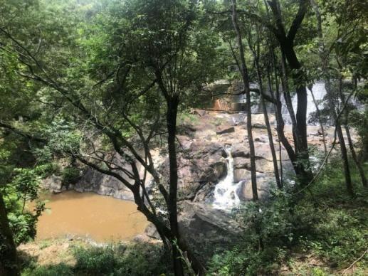 Sitio Cachoeira Esmeraldas