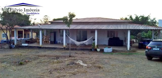 Chácara com casa sede, árvores frutíferas, 2.500m², 40 minutos de Taguatinga!