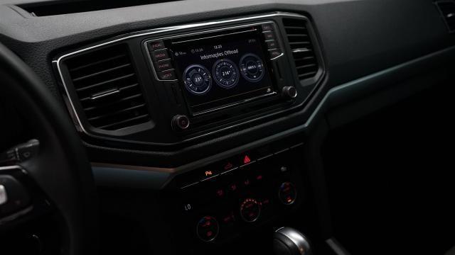 AMAROK 2018/2018 3.0 V6 TDI HIGHLINE CD DIESEL 4MOTION AUTOMÁTICO - Foto 7