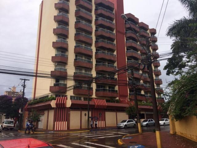 Apartamento para alugar com 4 dormitórios em Centro, Arapongas cod:01565.002