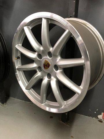 Rodas Originais Porsche 19 5x130 Duas talas - Foto 4