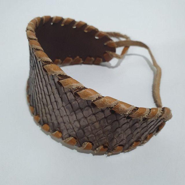 Pulseira Bracelete couro python artesanato hippie  - Foto 2