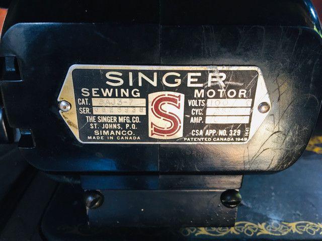 Máquina de Costura Singer Antiga Importada. Lindíssima! - Foto 3