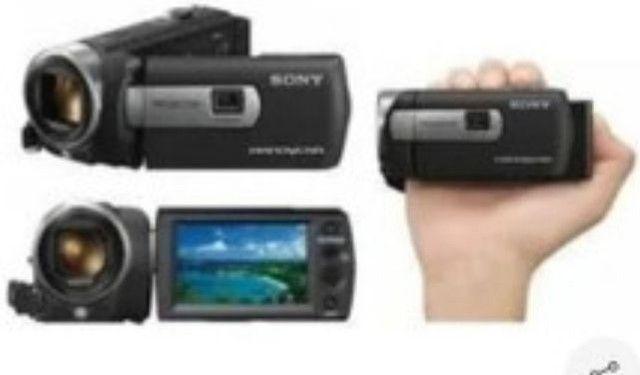 Filmadora Sony com projetor embutido - Foto 2