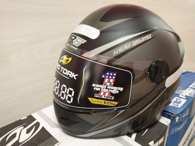 Novos - Pro tork Capacete lindo modelo esportivo R8  - Foto 2