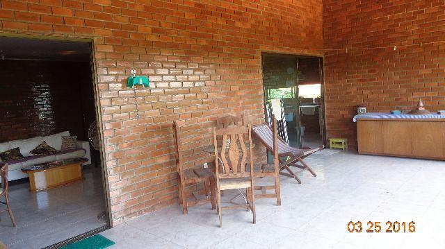 Casa de campo em condominio fechado