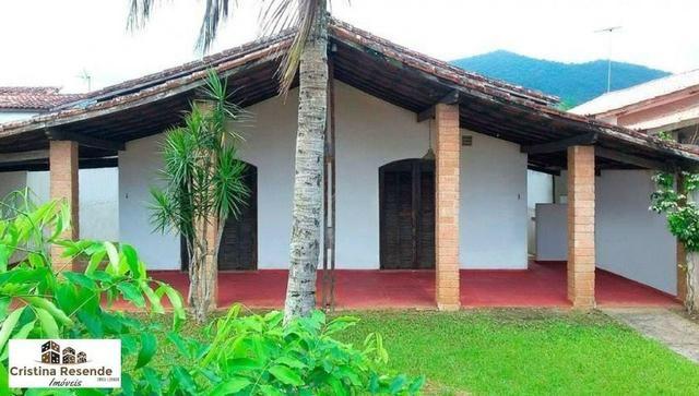 Casa ampla em terreno de 360 metros próximo praia/Martim de Sá