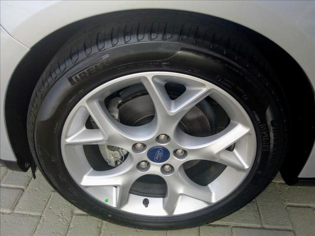 FORD FOCUS 2.0 SE FASTBACK 16V FLEX 4P POWERSHIFT - Foto 6