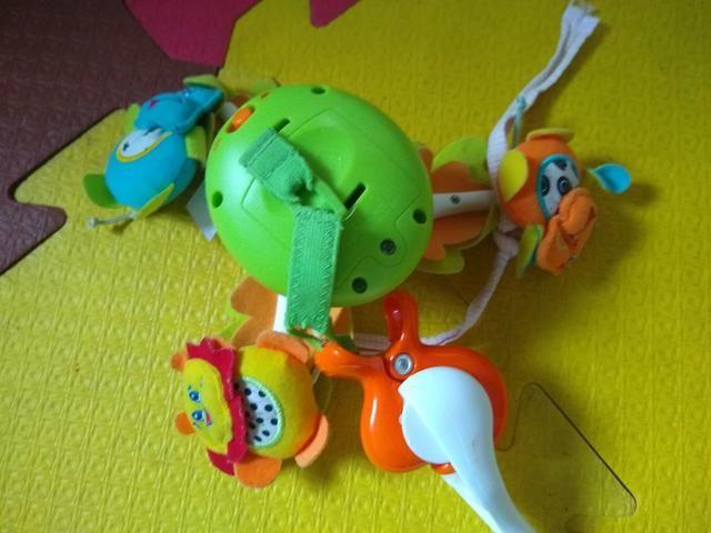 Mobile Eletrônico Tiny Love - Brinquedo para berço - Foto 2