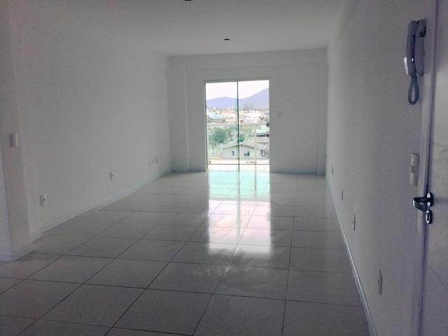 Lindo Apto com 3 suites e 2 vagas de Garagem - Permuta - Foto 2