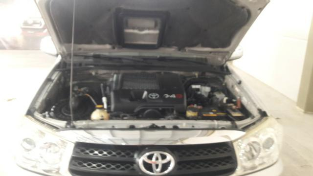 Hilux sw4 srv d 4d 3.0 4x4 diesel 7 lugares valor: 92.000,00 - Foto 2