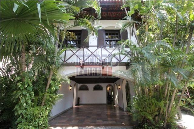 [A807] Casa com 5 quartos, sala para 4 ambientes, 361 m² de área construída - Foto 7