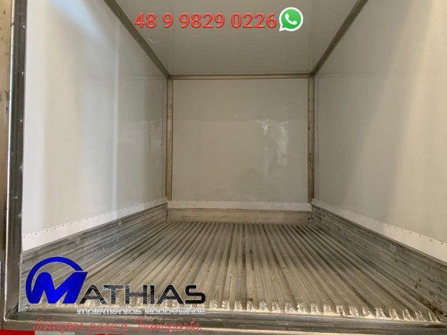 Camara refrigerada 5.00m para caminhão 3/4 Mathias implementos - Foto 2