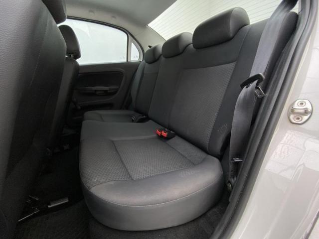Volkswagen VOYAGE VOYAGE 1.6 MSI Flex 16V 4p Aut. - Foto 16
